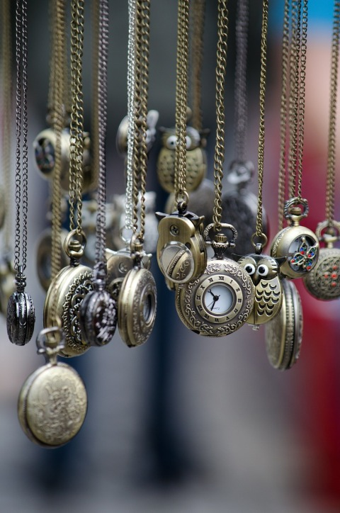 pocket-watches-436567_1280