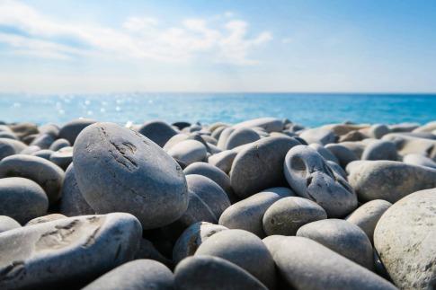 rocks-1150021_1920