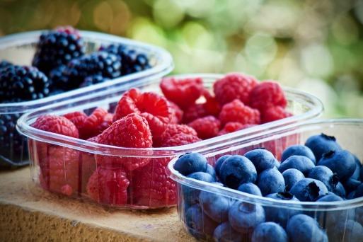 soft-fruits-3504149_1920